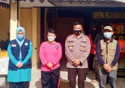 Dalam Rangka HUT Bhayangkara Ke-75, Polsek Bukit Batu Laksanakan Vaksinasi Gratis untuk Umum
